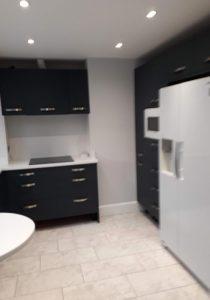 Indigo kitchen with quartz